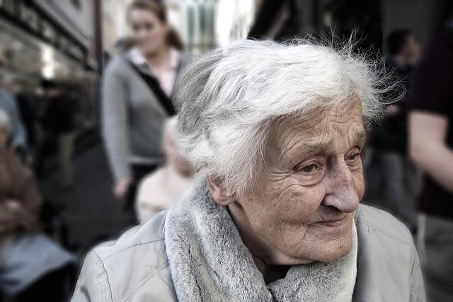 inmotica en centros para mayores