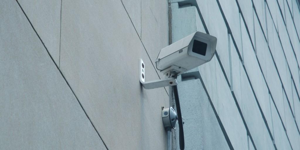 seguridad con alarmas de intrusión